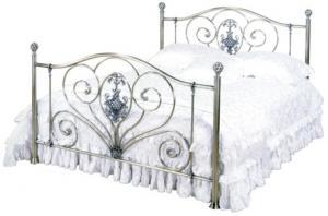 железные кровати с элементами ковки